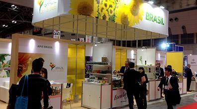 Produtos apícolas brasileiros fazem sucesso na Tokyo Health 2015